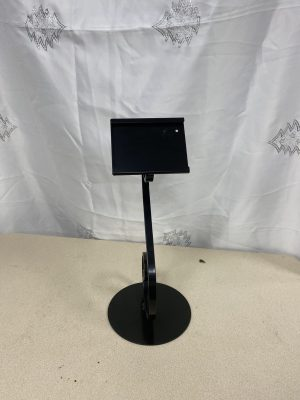 "18"" Single Scroll Style Floral Tribute Stand"